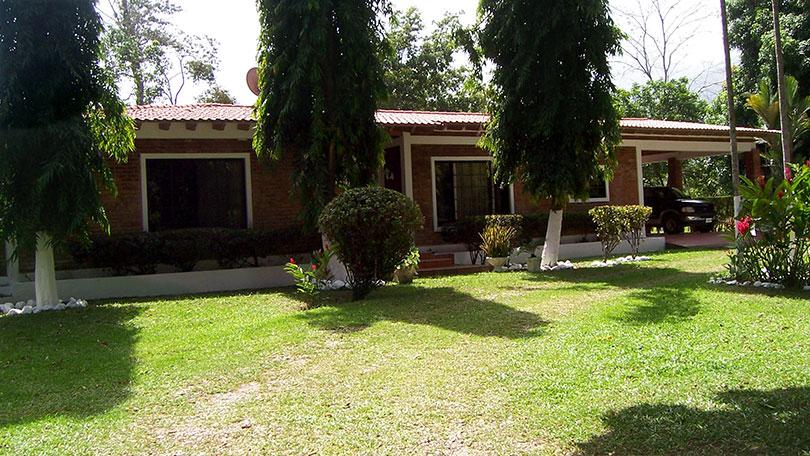 Nice House in El Porvenir, La Ceiba